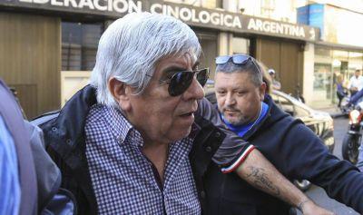 Tras la foto con los opositores de Utedyc, salen a repudiar la «intromisión» de Moyano en «la vida institucional» de otros gremios
