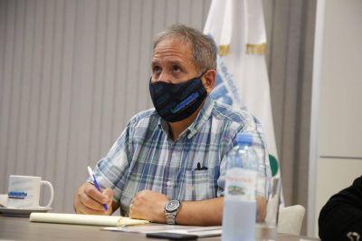 Palazzo se planta ante las presiones de las entidades y dice que los bancarios que sean grupo de riesgo no volverán a trabajar, aún habiendo sido vacunados