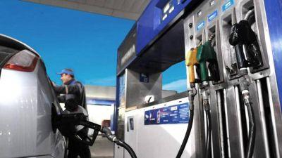 Aumenta la nafta: el sábado sube 5% y será el último incremento del año