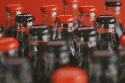 AC Bebidas coloca 4,650 mdp en bonos verdes