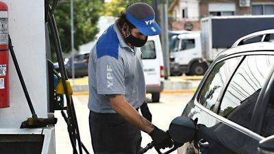 Aumentó la nafta un 5 % en todo el país