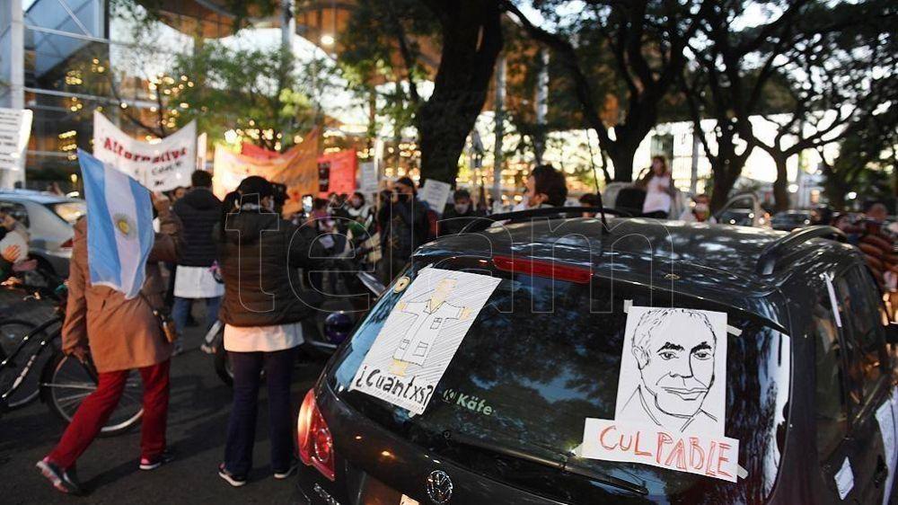 Las muertes por Covid de trabajadores de la educación abren un frente judicial para Rodríguez Larreta