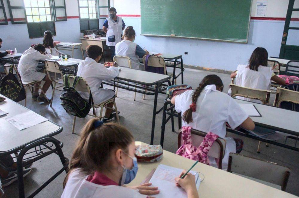 """Kicillof habló sobre las clases en la provincia: """"Me duele cerrar la presencialidad"""""""