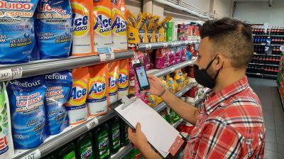 El Gobierno apura acuerdos para congelar precios y confía en bajas para alimentos