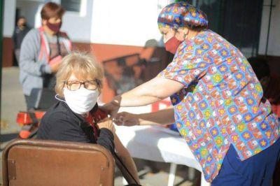 La vacunación antigripal avanza firme en Esteban Echeverría