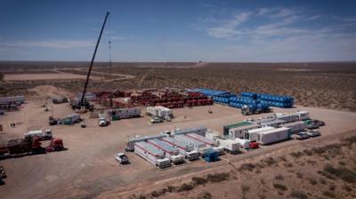 La cámara de petroleras y los gremios avanzan con la nueva adenda Vaca Muerta