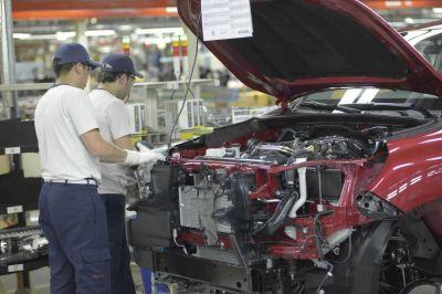 A pesar de la segunda ola, la industria se recupera y está en su punto más alto en 25 meses
