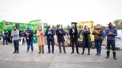 En el Día Mundial del Reciclaje los ministros Cabandié y Ferraresi visitaron el EcoPunto de Avellaneda
