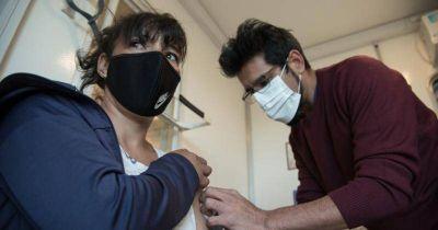 Vacunan en Lomas a trabajadores de la Cuenca Matanza Riachuelo
