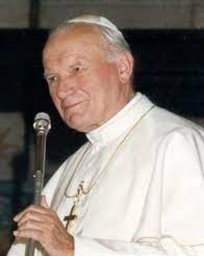 Un día como hoy hace 101 años nació San Juan Pablo II