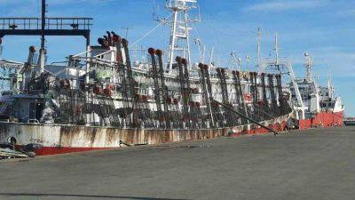 Gremios marítimos disponen un cese total de actividades por 48 horas en demanda de vacunas contra el COVID-19