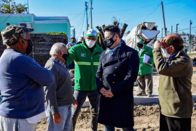 Merlo | Menéndez supervisó nuevas obras de pavimentación en la localidad de Pompeya