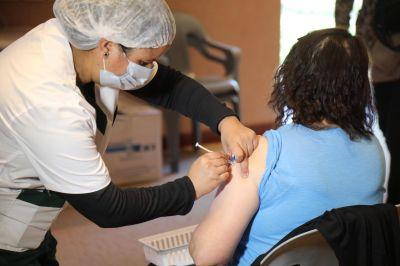 PAMI aplica la vacuna antigripal a sus afiliados