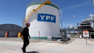 Petroleros de YPF lograron en paritarias un 42,3% para 2020-21 y otro 35% para el 2021-22