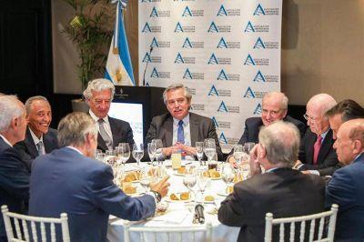 Empresarios se agrupan en torno a las críticas políticas al gobierno
