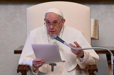 """Papa Francisco pidió que en Colombia sea respetado el """"derecho a manifestarse pacíficamente"""""""
