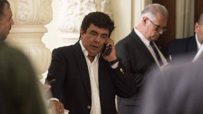 Sin acuerdos entre Espinoza y Zabaleta, se dilata la elección de un titular de la FAM