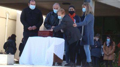 Con una caravana, Sampacho dio el último adiós al intendente