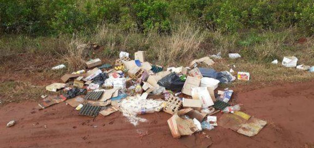 Trajeron basura desde San Vicente y la arrojaron en Colonia San Lorenzo