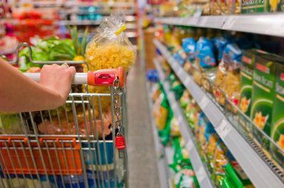 Solamente se podrán vender alimentos y productos de limpieza e higiene