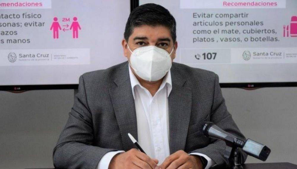 """Claudio García: """"Todo el personal de salud, se encuentra abocado al manejo de la pandemia"""""""