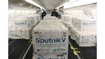Sputnik V: Partió un nuevo vuelo para sumar más dosis al plan de vacunación