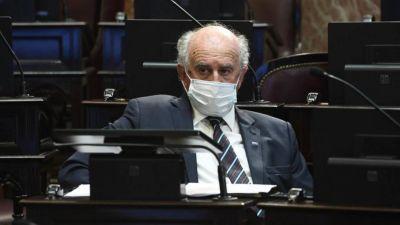 Parrilli acusó a Guzmán de beneficiar a