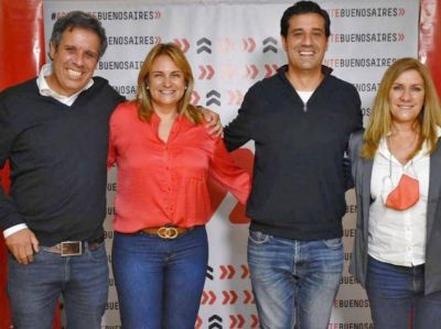 Novedoso acto en Mar del Plata: Abad se calza la casaca de presidente de la UCR bonaerense