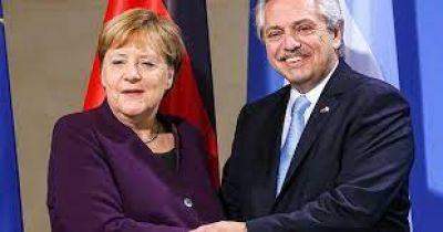 Alberto cosechó el apoyo de Angela Merkel por la deuda con el Club de París y el FMI