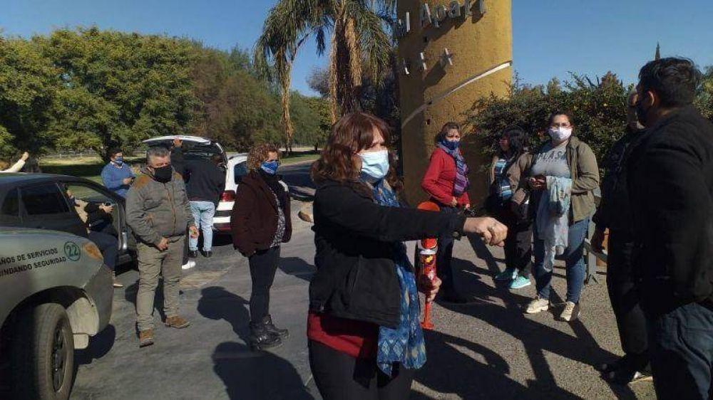 Un famoso hotel de San Juan cerró sus puertas y los empleados salieron a pedir por sus puestos de trabajo