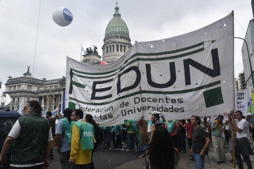 La FEDUN reclamó a Larreta que incluya a los docentes de las universidades públicas en el plan de vacunación