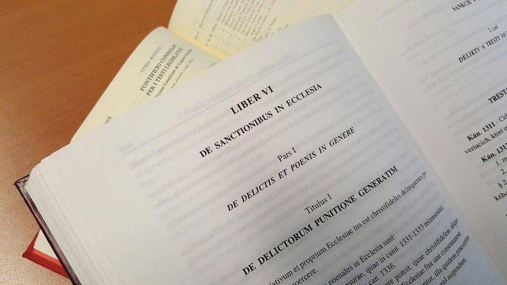 El Papa reforma sanciones penales en la Iglesia: no hay misericordia sin corrección