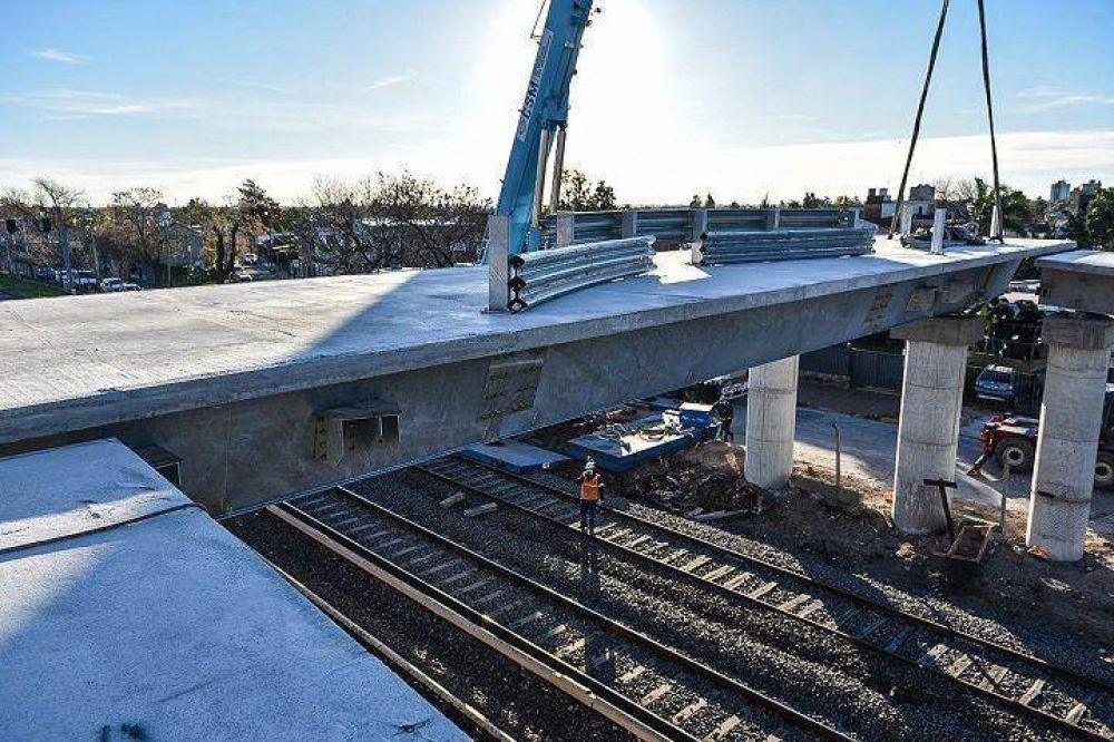 Padua   Finalizó la colocación del primer puente modular para la línea Sarmiento
