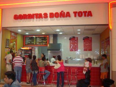 Femsa apuesta por la expansión de su franquicia de Doña Tota