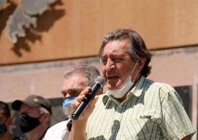 Godoy le apuntó a 200 empresas que licuan los salarios, y a Guzman por la negociación con el Fondo