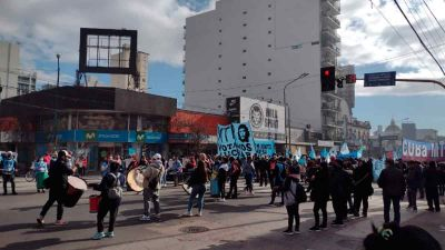 Protesta y corte en pleno centro de Lomas de Zamora