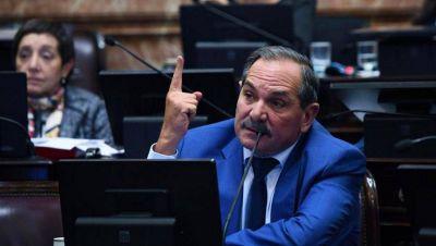 Alperovich llegará con licencia en el Senado hasta el final de su mandato, en diciembre