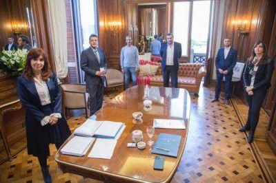 Gremios del Congreso acordaron paritaria del 40% con Cristina y Massa