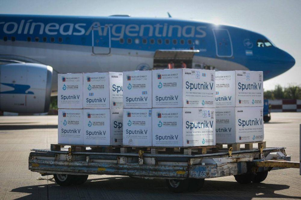 Tras la aprobación rusa, el Gobierno negocia exportar la Sputnik argentina