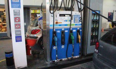 La venta de combustibles descendió en abril