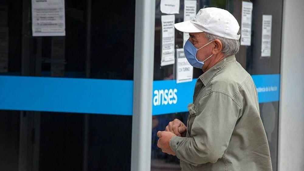 Casi 4 millones de jubilados cobran bajo regímenes especiales: causas y consecuencias