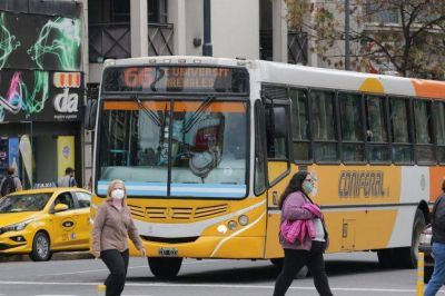 Continúa el paro de transporte de UTA en Córdoba
