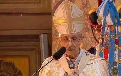 Card. Poli: En la Eucaristía, el corazón de Dios se hace presente