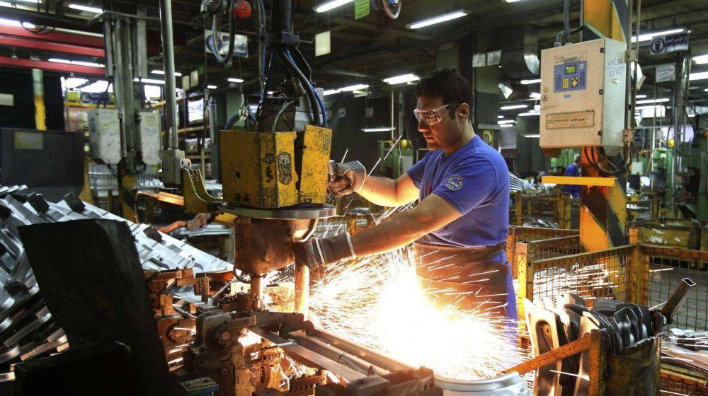 Sonríe Caló: creció 4% el empleo en la actividad metalúrgica en los últimos 12 meses