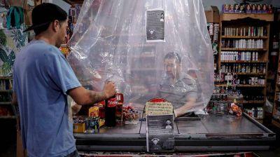 La reconversión de los supermercados chinos: cierres en Capital y migración al interior