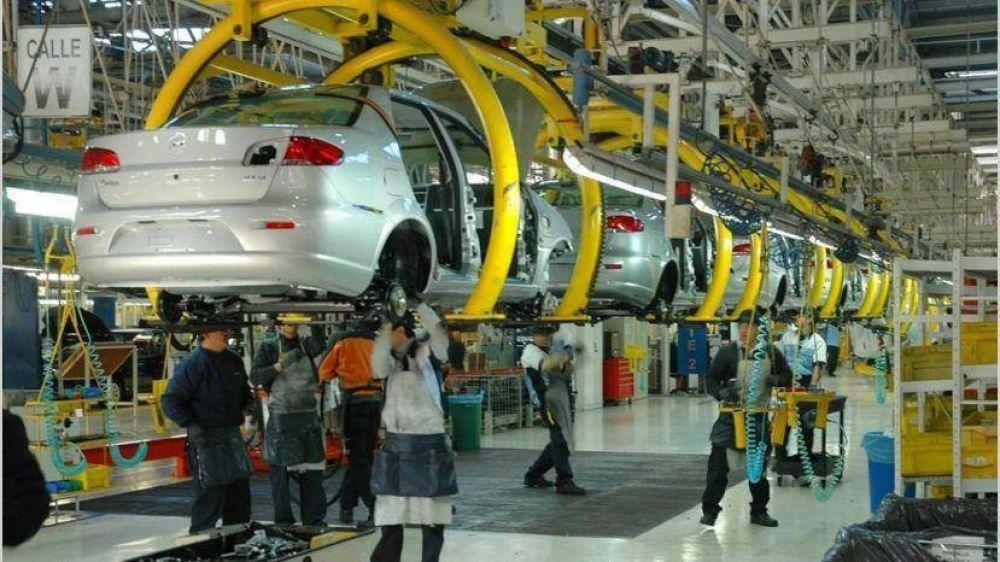 INDEC: La actividad industrial creció un 55,9 % en abril respecto al mismo período del año anterior