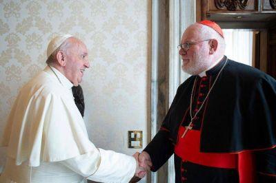 """Sorpresa: el Papa rechazó la renuncia del cardenal Reinhard Marx por la """"catástrofe"""" de los abusos"""