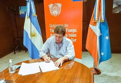 """Melella firmó el acuerdo para el lanzamiento de la marca """"Patagonia Argentina"""""""