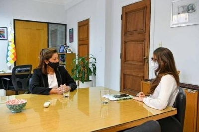 Carreras se reunió con la ministra de las Mujeres