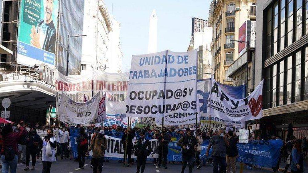 El kirchnerismo impulsa aumentos salariales por encima del 40% y presiona con la reapertura de paritarias